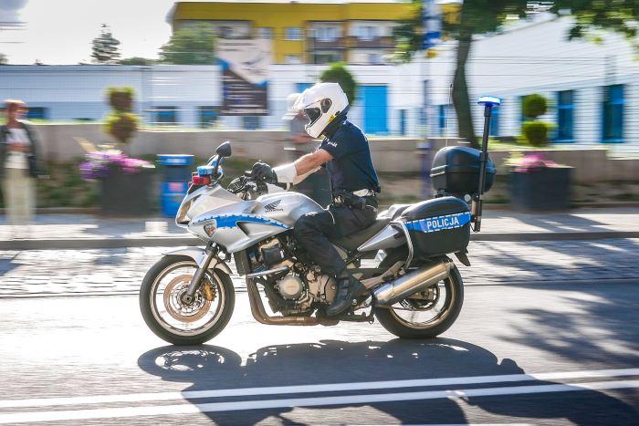 Policja Zamość: Przestrzegamy przed oszustwami z wykorzystaniem płatności mobilnej